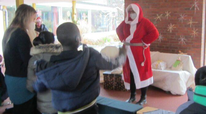 Die WeihnachtsFRAU war da!